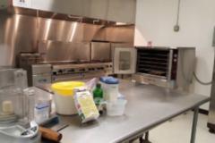Rent: Chiknegg Incubator Kitchen