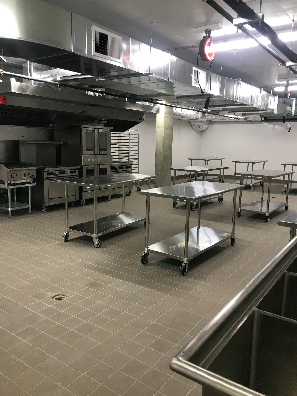 Fine Commercial And Commissary Kitchen Rentals In New York The Interior Design Ideas Lukepblogthenellocom